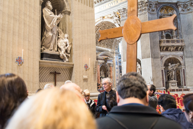 Vatican City - St. Peter's Basilica, Bishop Kelly and Dallas pilgrims