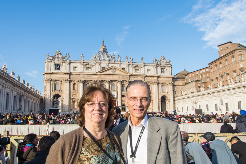 Rome - St. Peter's Square, before Sunday Mass: Don and Carolyn Simoneaux