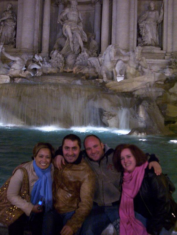 The gang's all at La Fontana Trevi