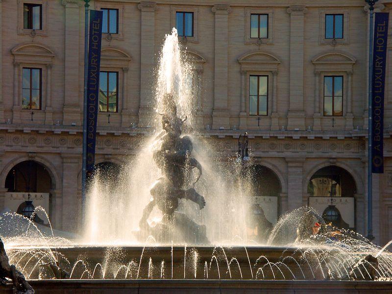 Fountain of the Piazza della Republica