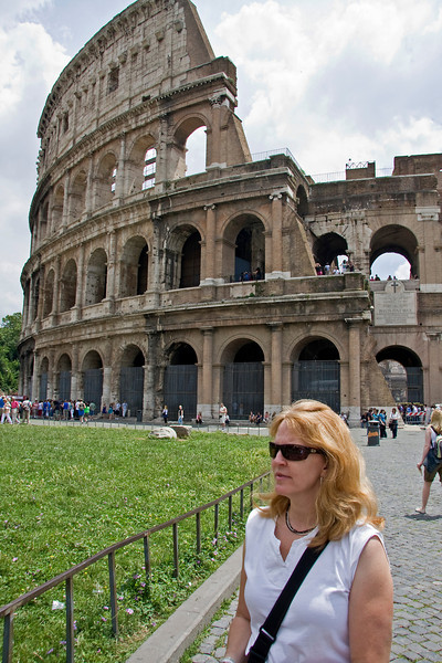 Sarah in front of the Colosseum