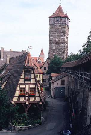 the wall surrounding the town of Rothenburg