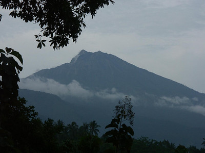 We spent the next night at Tetebatu, with a wonderful view of Mt Rinjani, here wreathed in morning mists.