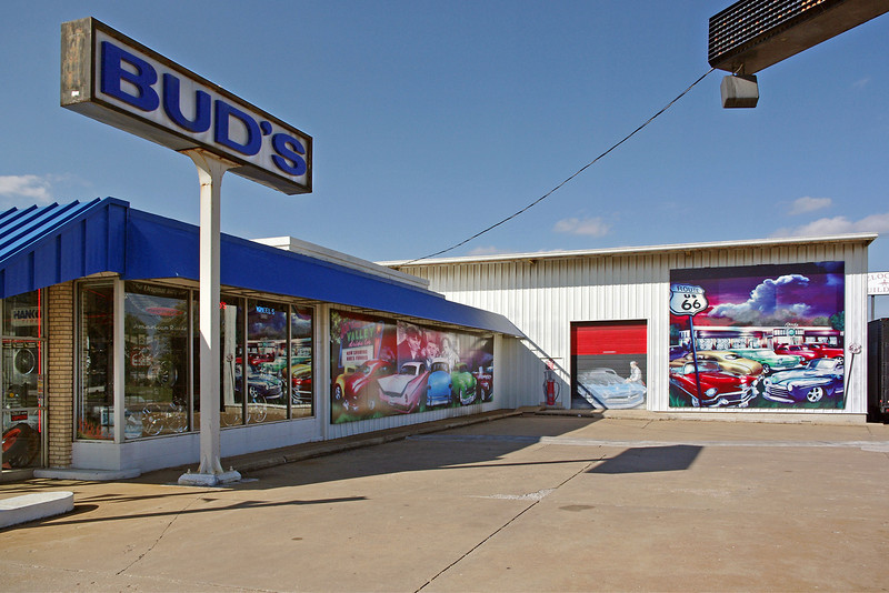 Bud's Tire and Wheel on old Route 66 (College Street) just west of downtown, Springfield, Missouri.