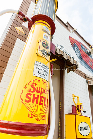 Shell gas pump, Dwight, Illinios, USA