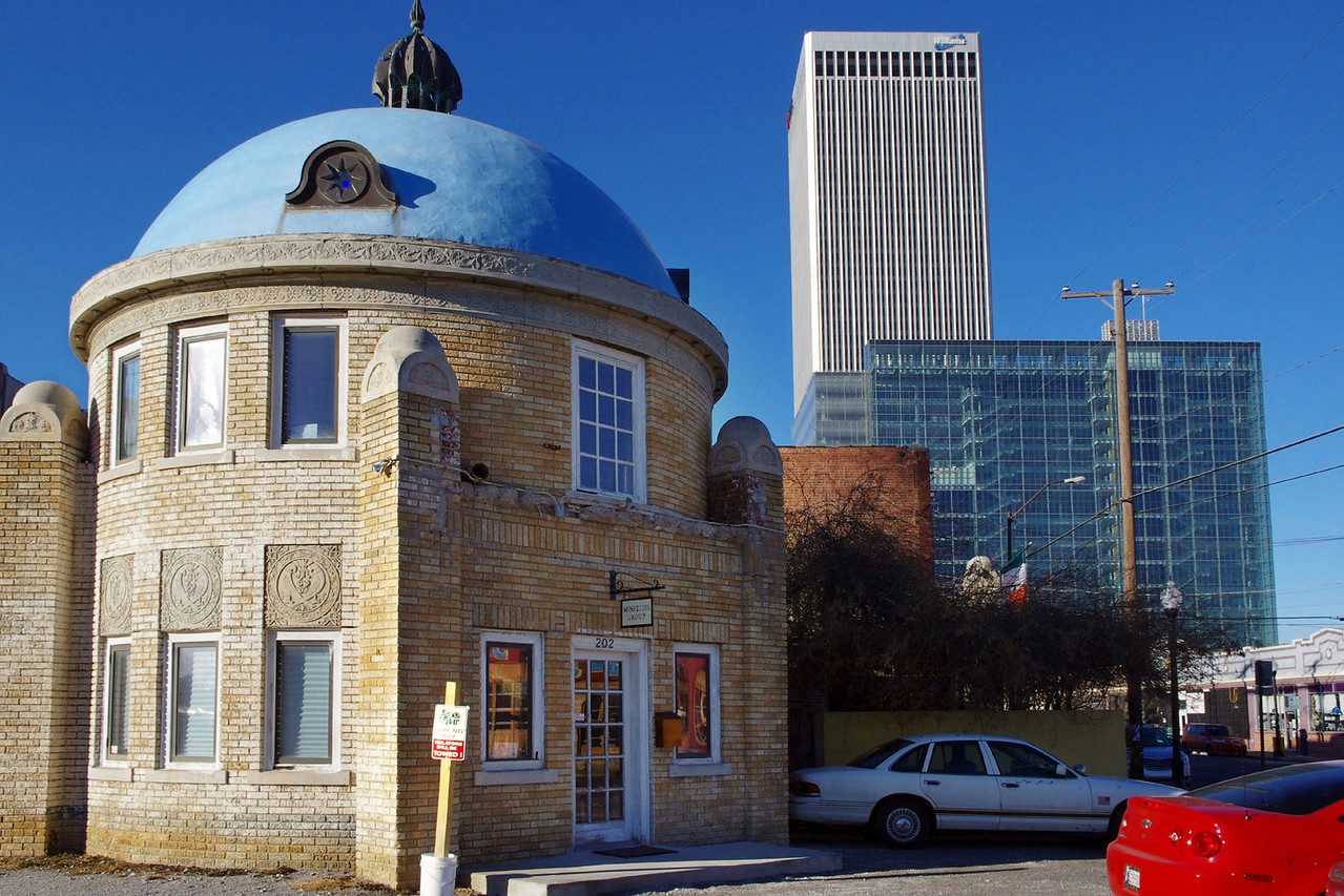 "The Blue Dome at 2ond Street and Elgin Ave in Tulsa, Oklahoma. Built as a gas station and garage in 1924, with living quarters for the attendant above. Per David Wickline in ""Images of 66"" it was the first station in Tulsa to offer compressed air for your tires and a car wash."