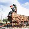 Lincoln, Illinois: World's Largest Wagon And Big Abraham Lincoln