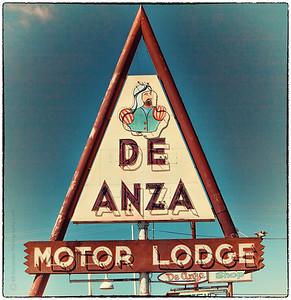 De Anza Motor Lodge on Route 66 in Albuquerque, NM