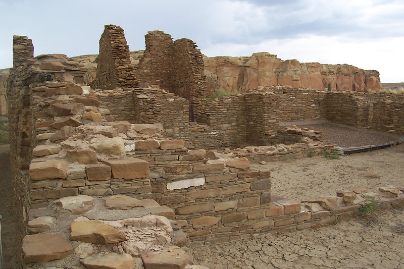 In the background here you can see the cliff wall. Some of the pueblos were built close to the cliffs, others up to a hundred yards away
