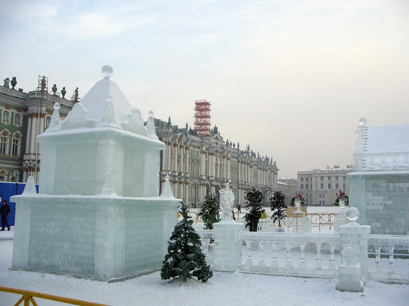 Outside the Hermitage - Ice sculpture