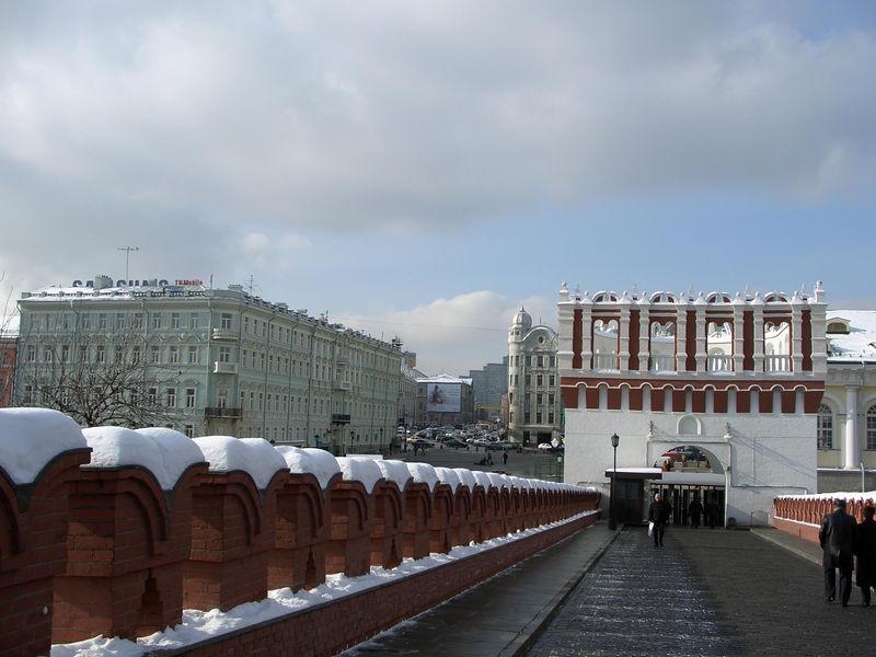 Bridge headed out of the Kremlin