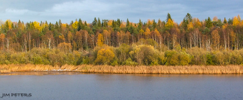 Fall colors along the Volga