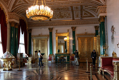 Hermitage Interior - The Malachite room.  Malachite is the green coloured mineral (normally known as Copper Carbonate) which decorates the walls.