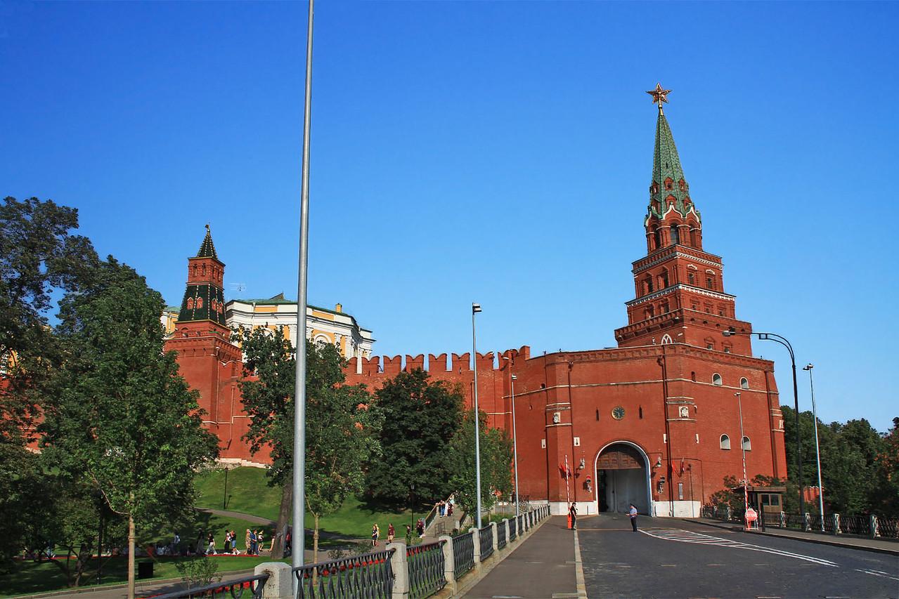 Borovitskaya Tower & Entrance