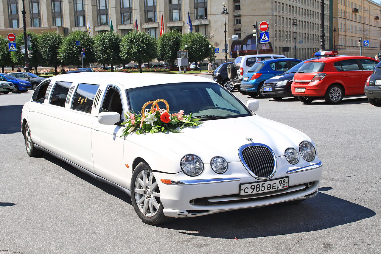 Limo for Wedding Party - Smolnyy Convent