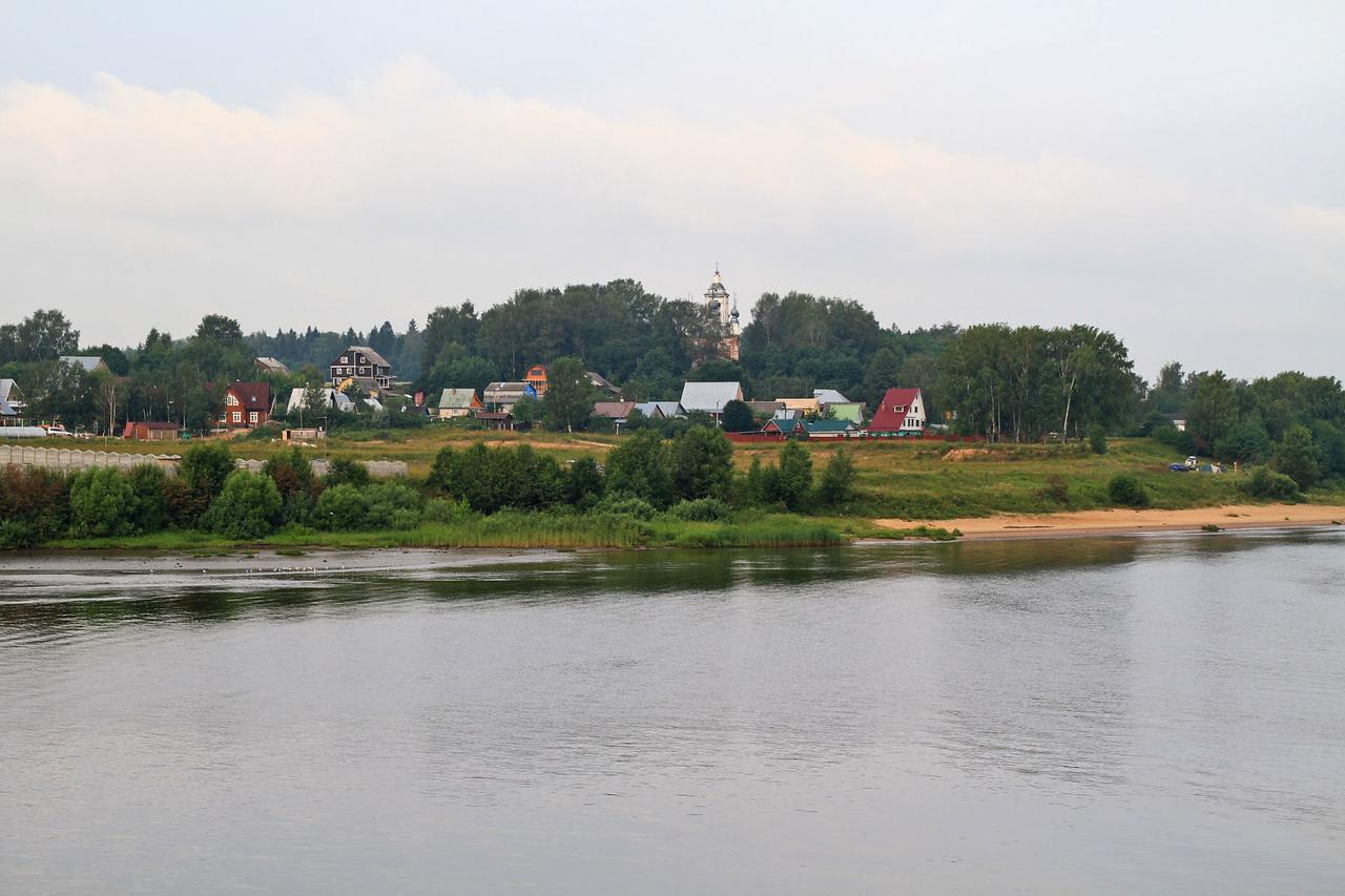 Morning Sailing Lake Rybinski / Volga River