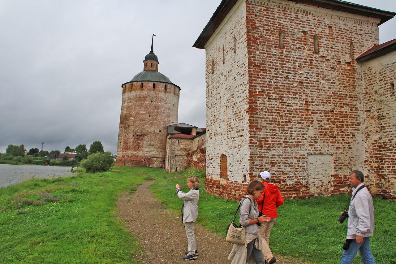 Kirillov Belozersky Monastery in Kuzino