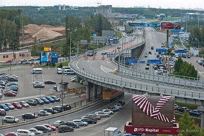 мост к терминалу D и выезд на международное шоссе