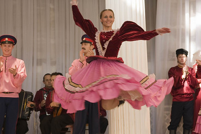 Russian Folk Dancing, St Petersburg