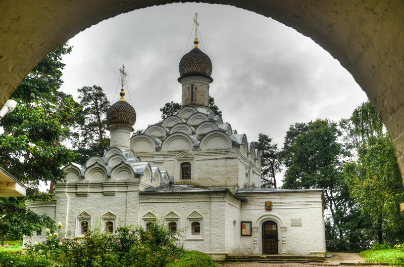 Archangel Michael Orthodox Church of Arkhangelskoye Palace