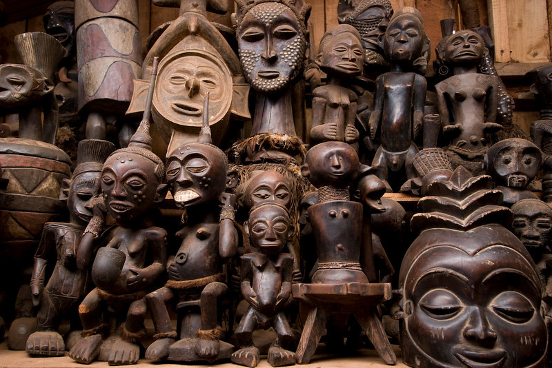 Lots of wood carvings from Congo