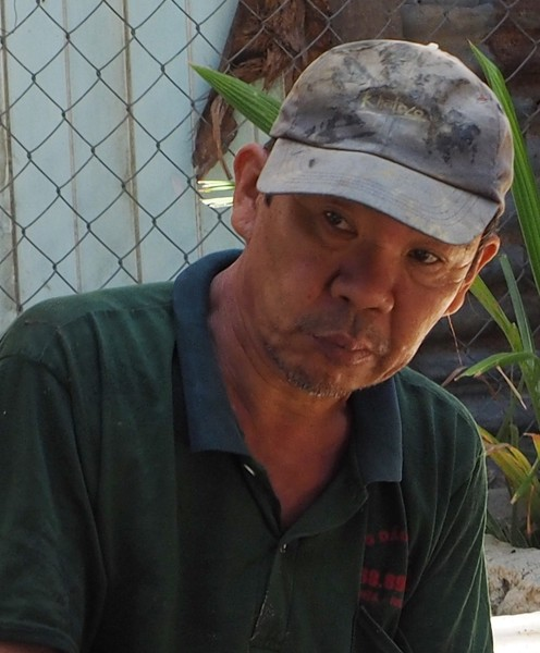 Workman in Nga Trang