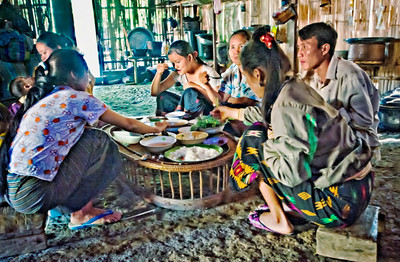 2010-12_Laos_Hmong_Lunch-0218