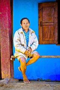 _DSC8833_Hmong_Man_Sitting