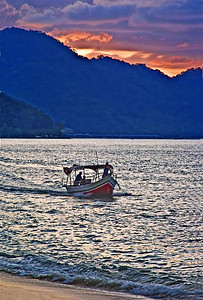 Boat n Sunset-5161web800