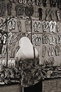 Sandal Vendor1-5212monoWeb800