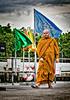 2016-07-18_Bangkok_ChaoPhrayaRiver_Monk_AHDR5346-