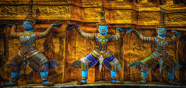2013-12-23_Bangkok_RoyalPalace_3Demons-HDR1022-