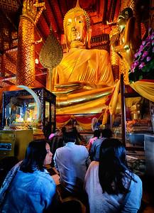 2013-12-27_Ayutthaya_Big_Buddha_Girls-2549_HDR-