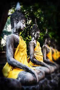 2013-12-27_Ayutthaya_BuddhasLineUp-2480_HDR-