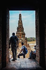 2013-12-27_Ayutthaya_Stupa_doorView-2714-HDR-