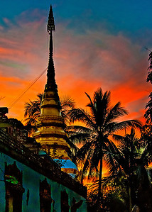2010-12-24_Thailand_ChiangKhong_TempleSunst_8299
