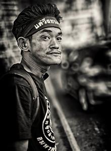 2012-10-27_Bangkok_RedDemo_Deomonstrator-0710-mono