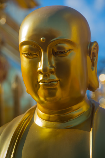 Buddhist statue at Doi Suthep, Chiang Mai, Thailand, November 2014. [Doi Suthep 2014-11 004 ChiangMai-Thailand]