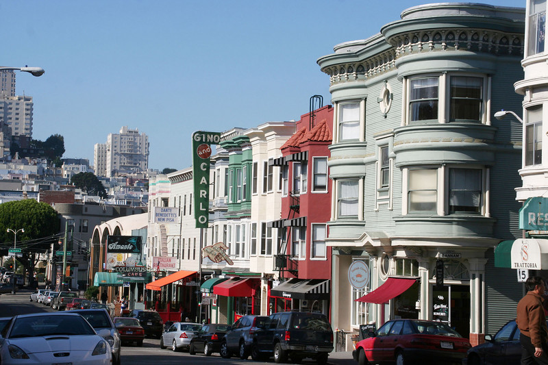 Green St, looking towards Russian Hill
