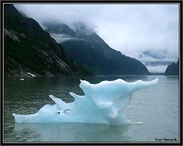 """ICE MONSTER"", Shakes lake, Alaska, USA.-----""LEDOVA PRISERA"", jezero Shakes, Aljaska, USA."