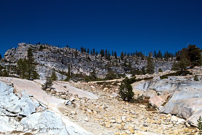 Tioga Pass Yosemite above Olmstead Point