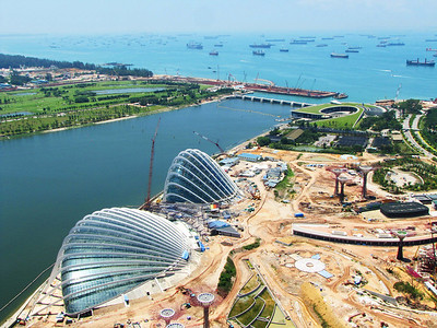 New botanical gardens under construction near the Marina Barrage