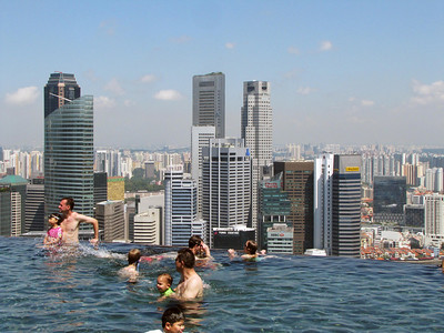 Skyline closeup from infinity pool