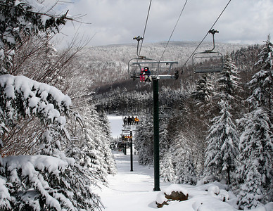 Snowshoe Mountain Resort (WV) -- Ballhooter ski lift