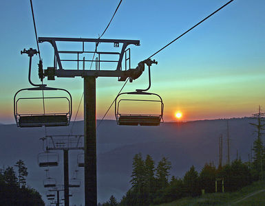 Snowshoe Mountain Resort (WV) -- Ballhooter Lift at sunrise