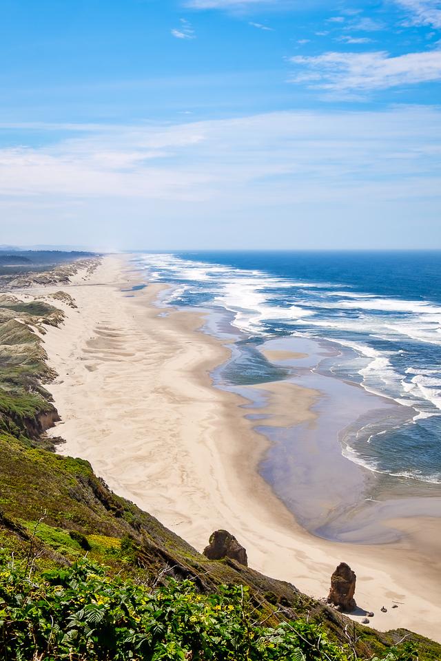 DUNES AND BEACH NEAR FLORENCE, OREGON
