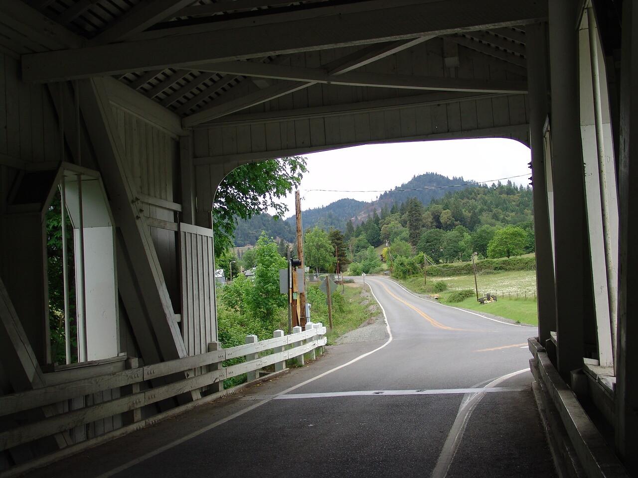 INSIDE GRAVE CREEK COVERD BRIDGE NEAR GRANTS PASS