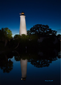 St Marks Lighthouse at night