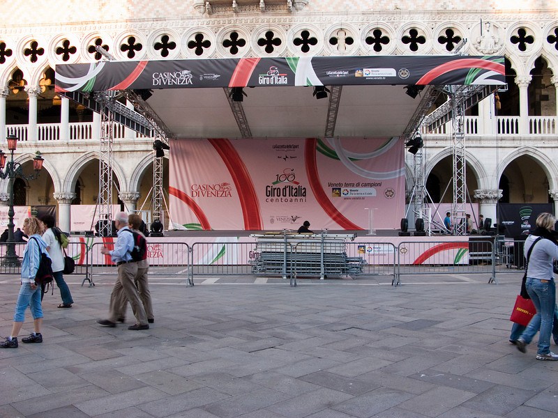 Podium in San Marco Square for the Giro kick-off event