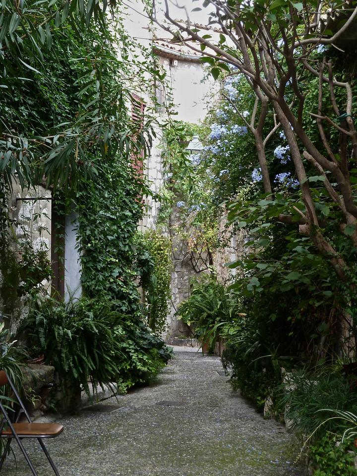 Typical alleys in Saint-Paul-de vence